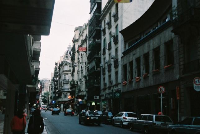 ブエノス・アイレス Buenos Aires _c0011649_6252478.jpg