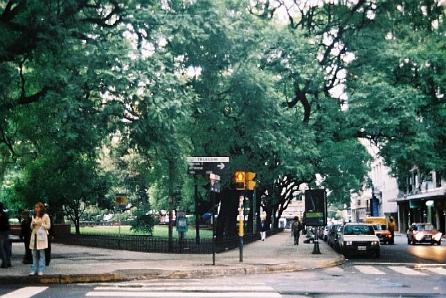 ブエノス・アイレス Buenos Aires _c0011649_6291565.jpg
