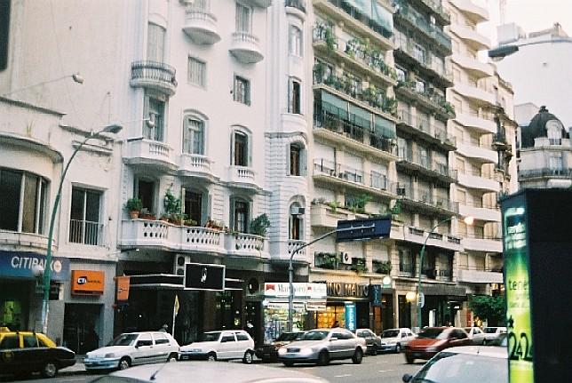 ブエノス・アイレス Buenos Aires _c0011649_6351100.jpg