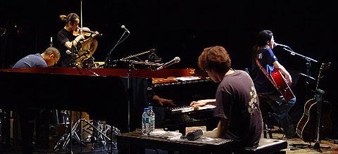 「矢井田瞳 acoustic live 2005 〜オトノシズク〜」総集編 <後編>_d0040134_433418.jpg