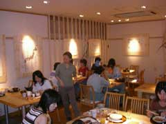 ランチバイキング 陽菜& スタバの裏技_b0054727_1103823.jpg