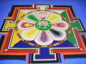 「チベット砂曼荼羅の世界」 2日目_c0061000_23355293.jpg