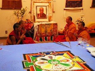「チベット砂曼荼羅の世界」 3日目_c0061000_1445384.jpg