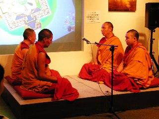 「チベット砂曼荼羅の世界」 4日目_c0061000_15232520.jpg