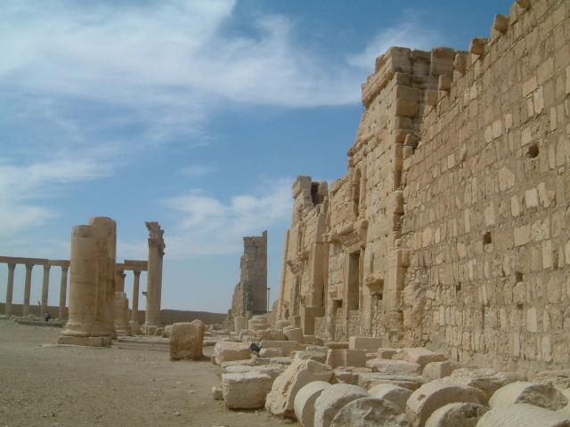 パルミラ遺跡 Palmyra (1)_c0011649_16185163.jpg