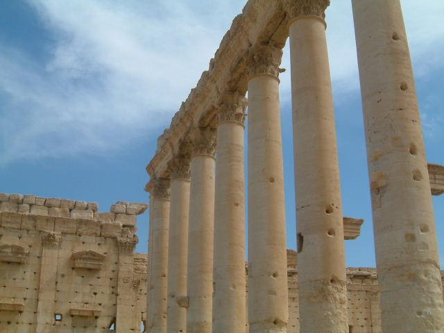 パルミラ遺跡 Palmyra (1)_c0011649_1620382.jpg