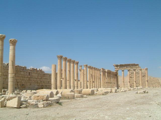 パルミラ遺跡 Palmyra (2)_c0011649_1175922.jpg