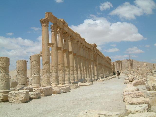 パルミラ遺跡 Palmyra (3)_c0011649_0423442.jpg