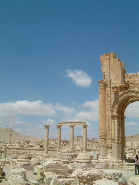 パルミラ遺跡 Palmyra (4)_c0011649_19464292.jpg