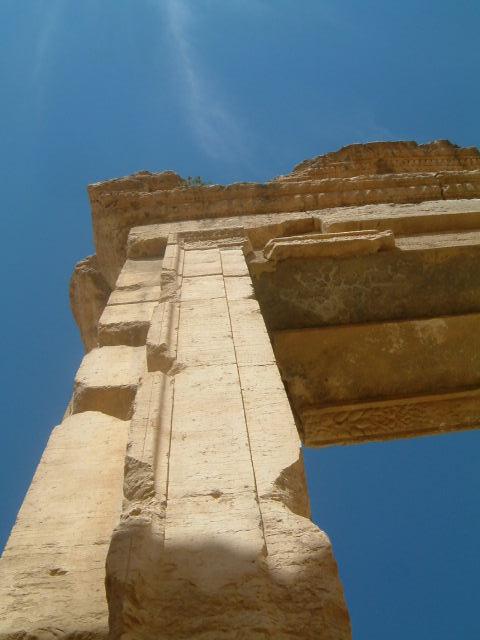 パルミラ遺跡 Palmyra (4)_c0011649_1948261.jpg
