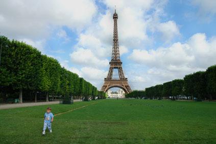 今日のエッフェル vol.1    パリで暮らし、はじめる。_e0029085_6564120.jpg