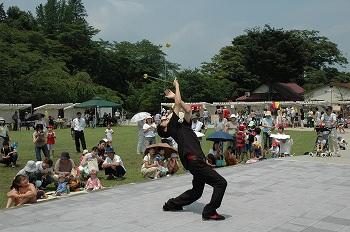 雑草芸人VS猿軍団_b0008475_1641820.jpg