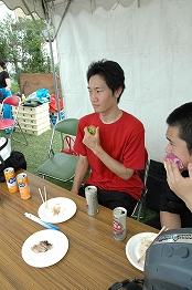 雑草芸人VS猿軍団_b0008475_1642453.jpg