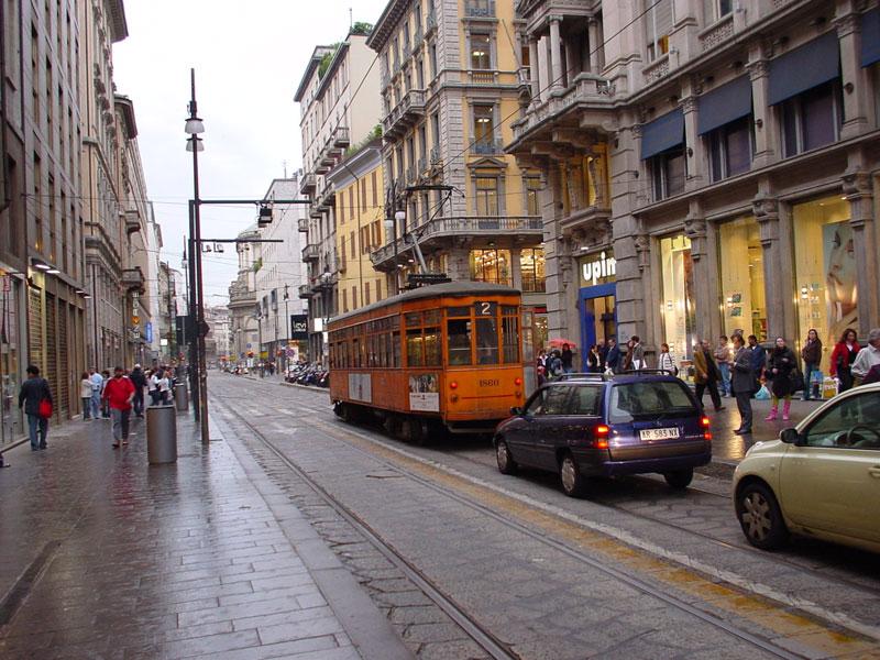 ミラノのトラム_c0061896_13443662.jpg