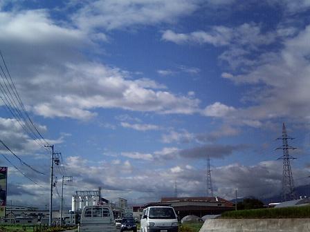 嵐のあとの青空_a0014840_2251566.jpg