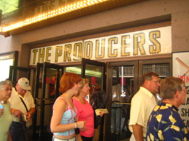THE PRODUCERS&SARDI\'S_d0004651_1474357.jpg