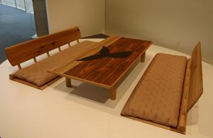 エンツォ・マーリの杉の家具HIDA_d0039955_6415691.jpg