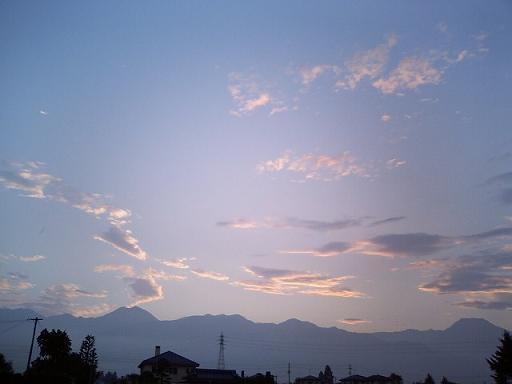 雨上がりの空に_a0014840_2025856.jpg
