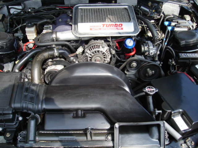 今日はエンジンルーム清掃_e0003660_2226933.jpg