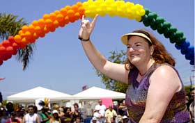 San Diego, Cal., US: Gay pride hits its stride_d0066343_8124354.jpg
