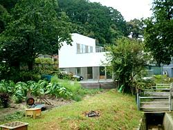 atu house_e0029115_1875737.jpg