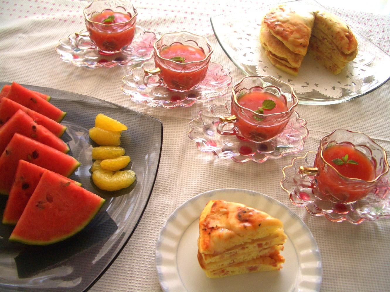 トマト嫌いでもおいしいゼリーとベーコンチーズのパンケーキ_d0034447_1219105.jpg
