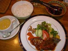 カフェ・レストラン 「ファンタジー」_b0054727_0364366.jpg