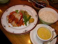 カフェ・レストラン 「ファンタジー」_b0054727_036617.jpg