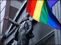 Northern Ireland\'s gays march on - BBC_d0066343_9571631.jpg