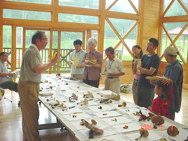 野生キノコ講習会 第三回目 8月7日_d0027486_8322378.jpg