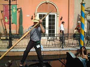 イタリア村_b0019903_22114260.jpg