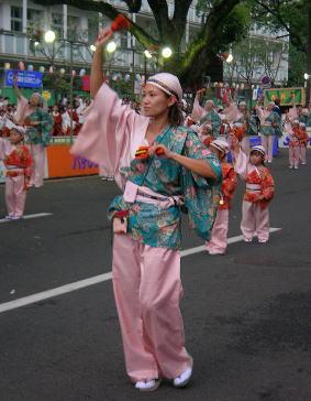よさこい祭り_c0038434_10425684.jpg