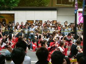YOSAKOIの踊り手達_e0012815_211246.jpg