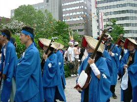 YOSAKOIの踊り手達_e0012815_21834100.jpg