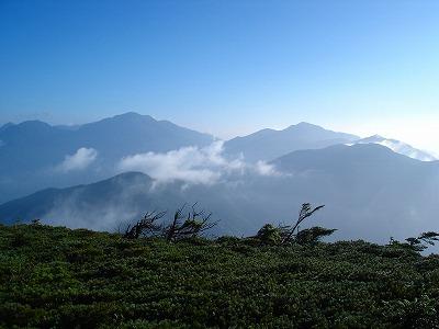光岳登山はきつかった・・・でもいい山でした。_d0055236_2353668.jpg