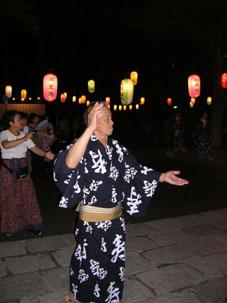 速報!激写・円覚寺盆踊り大会(開催は17日まで)_c0014967_1033088.jpg