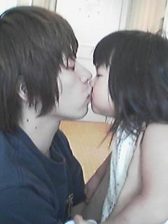 年下の彼女と  フウサワ_b0048882_0574353.jpg