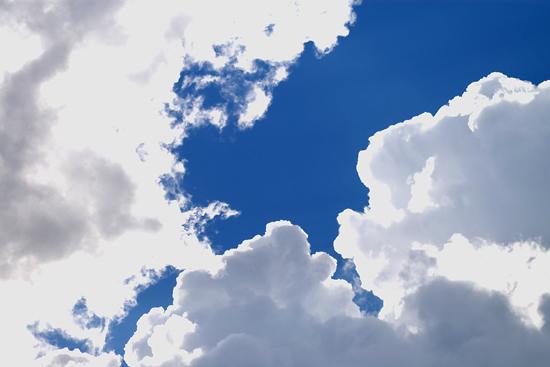 夏の雲_c0054876_7402627.jpg