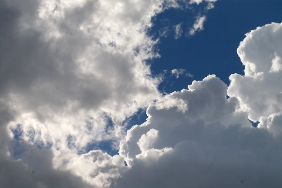 夏の雲_c0054876_7404413.jpg