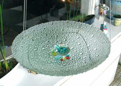 涼しさを演出 ガラスの水盤_e0010418_13581386.jpg