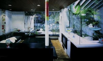 温室を取り込んだグリーンリビング_e0010418_14484457.jpg