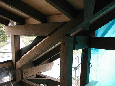 屋根工事に入りました。_d0059949_15175849.jpg