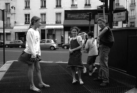 パリの子 vol.2 子供の目線_e0029085_7505530.jpg
