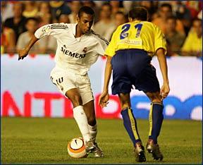 LIGA ESPANORA 05-06 #1 Caids  vs Real Madrid_e0039513_854304.jpg