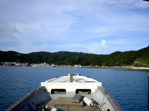港へ戻ろう_e0053660_815047.jpg