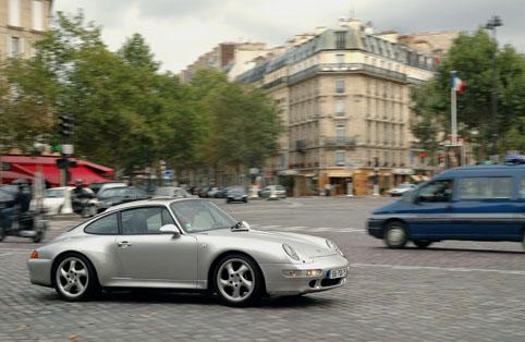 パリという街 vol.5 石畳の音_e0029085_842544.jpg