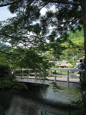 残夏の湯布院・・・金鱗湖_c0001578_2224192.jpg