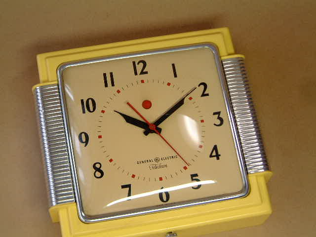 GE wall clock  _e0042839_16162173.jpg