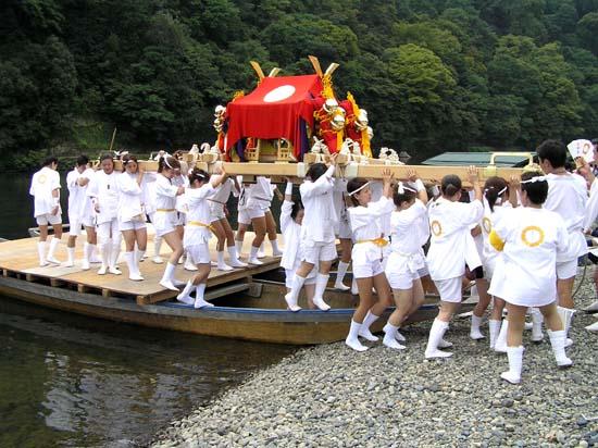 嵐山 船渡御_e0048413_17101129.jpg