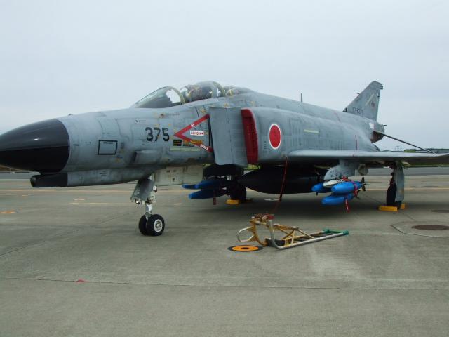 '05三沢基地 航空祭を見る_e0012815_2321486.jpg